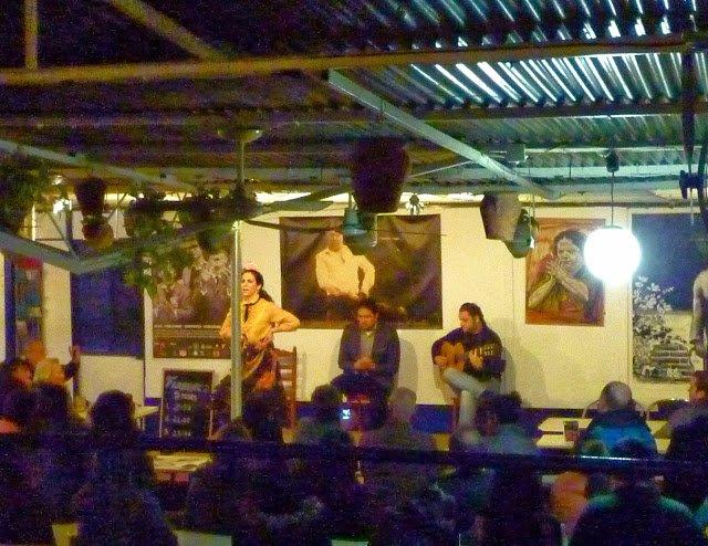 famenco dancing show seville spain