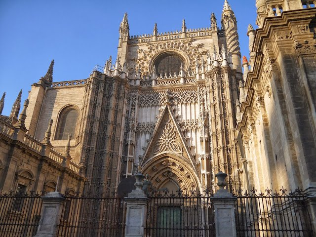 Seville cathedral architecture