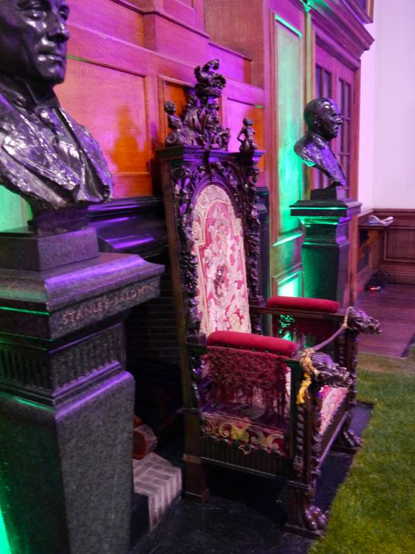 the 1877 club harrow old harrovian queen elizabeth I chair