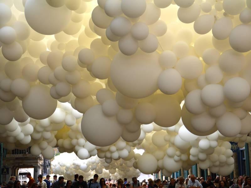 Charles Petillon Heartbeat balloons covent garden